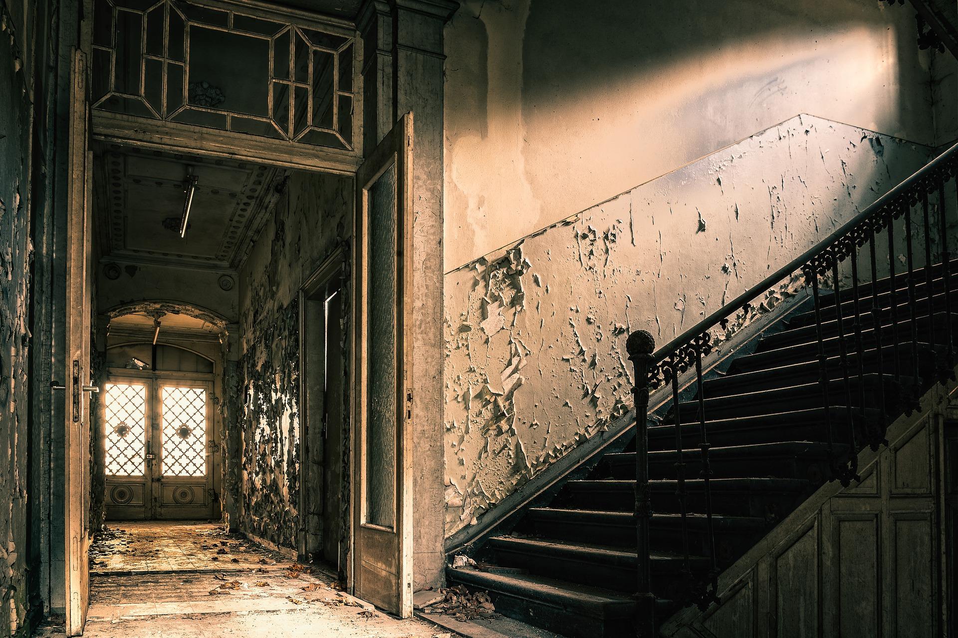 Decouvrez L Interieur De La Maison Hantee De Conjuring En Live